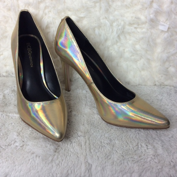 bcd1942e92 BCBGeneration Metallic Gold Heidi Pumps Sz 7